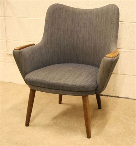 Best Small Armchairs 17 Best Images About Vintage Chairs For Re Upholstery On