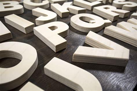 lettere alfabeto legno alfabeto di legno lettere artigianali gt pusateri maker