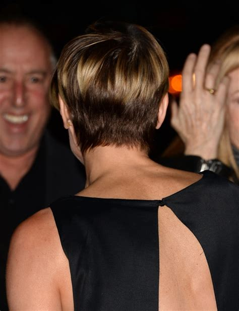 More Pics of Robin Wright Short cut with bangs (4 of 27