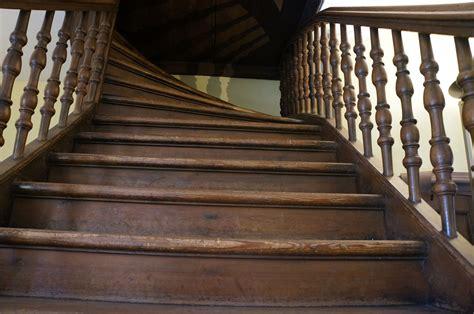 fix creaky stairs