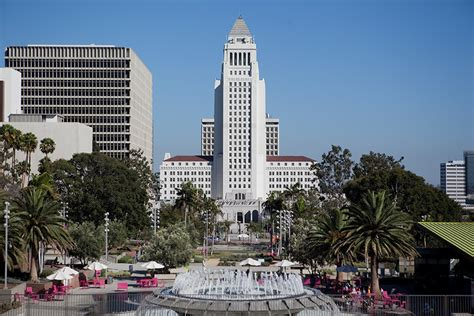 mayor s office to help l a s immigrants navigate obama s