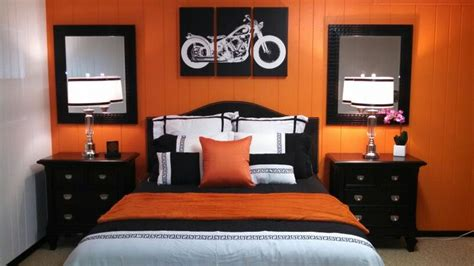 Harley Davidson theme bedroom.   spare rooom   Pinterest