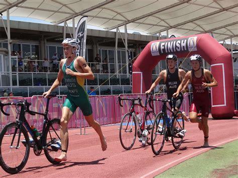 aussie triathletes ready to take on the world triathlon