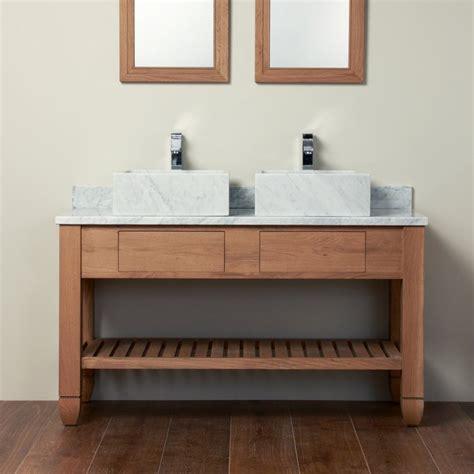 Supérieur Meuble Sous Double Vasque #4: vasques-carrées-marbre-blanc-meuble-double-vasque-bois.jpg