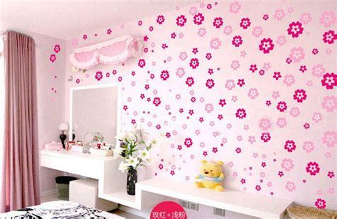 desain dinding kamar dengan kertas koran desain kamar dengan wallpaper rumah xy