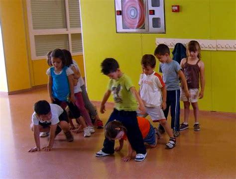 juegos recreativos para padres con sus ni 209 os educacion juegos de relevos para ni 241 os