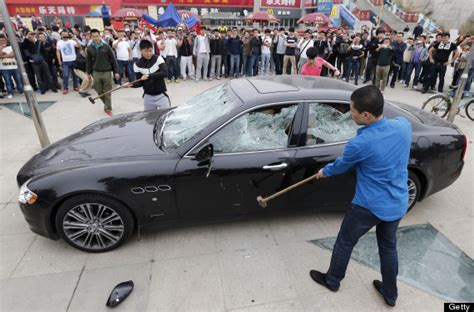 maserati gets smashed how to make a customer complaint
