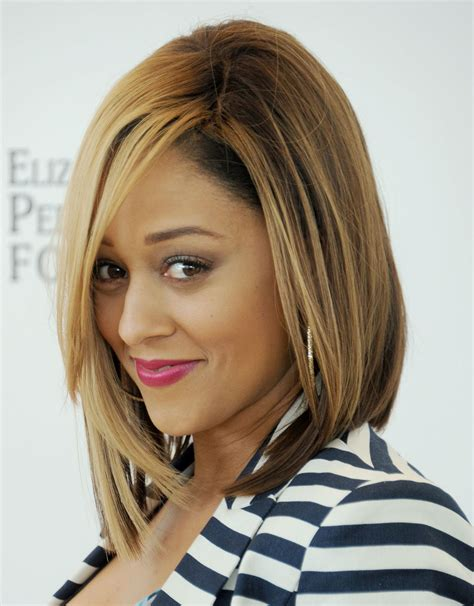 tia mowry long straight hair extensions hairstyle hot haircut of the week tia mowry hardrict s versatile