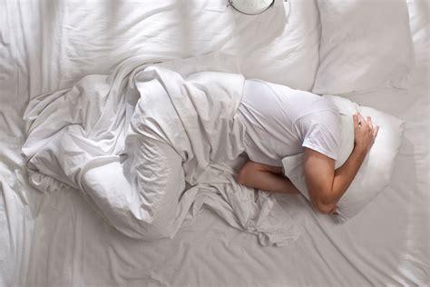 kalorienverbrauch schlafen aggressiv im schlaf nachts um sich schlagen migros impuls