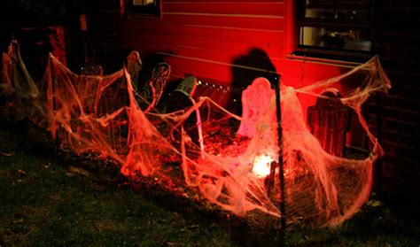 Haunted House Ideas Outdoortheme Com Backyard Haunted House Ideas