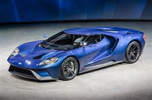 Ford Gt News Ford Gt40 Takes Design Risks With An Icon