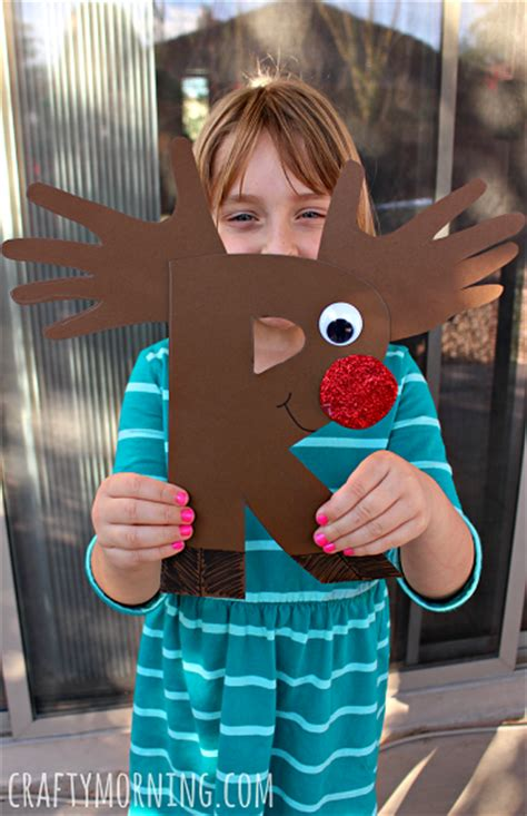 rudolph crafts for preschoolers r is for reindeer rudolph alphabet craft for crafty morning
