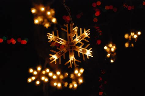 snowflake christmas light wallpaper wallpaper wallpaperlepi