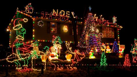 decorated christmas homes top 10 biggest outdoor christmas lights house decorations digsdigs