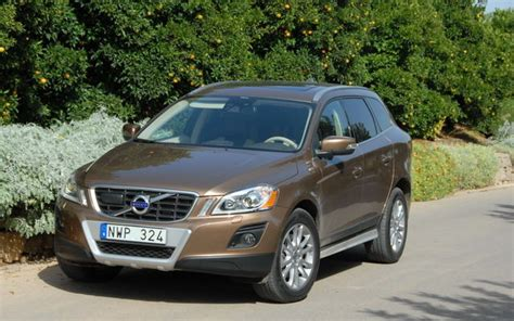 how to work on cars 2009 volvo xc60 navigation system 2009 volvo xc60 right place right time the car guide