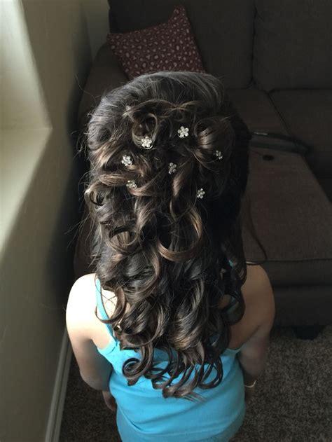 little girl hairstyles up 17 beste idee 235 n over little girl updo op pinterest