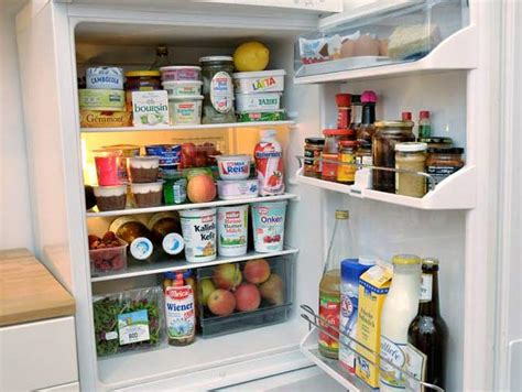 Obst Im Kühlschrank Lagern by K 252 Hlschrank Im Lagern Lebensmittel Richtig S