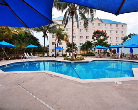 comfort suites cayman islands top things to do in the caribbean