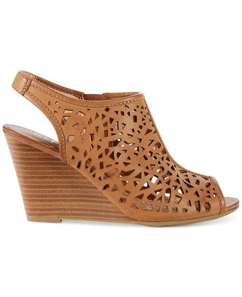 Sandal Wedges Laser Ls04 2 report stellar laser cut wedge sandals in brown lyst