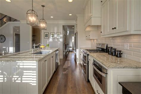Granite Home Design Reviews by Kitchen Amp Dining Nice Crema Pearl Granite For Home Design