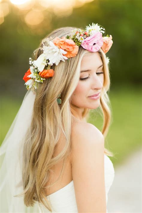 Wedding Hairstyles With Veil And Flower Big by 25 Best Ideas About Flower Crown Veil On