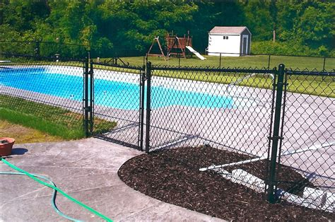 backyard fence company chain link fence backyard fence company gogo papa