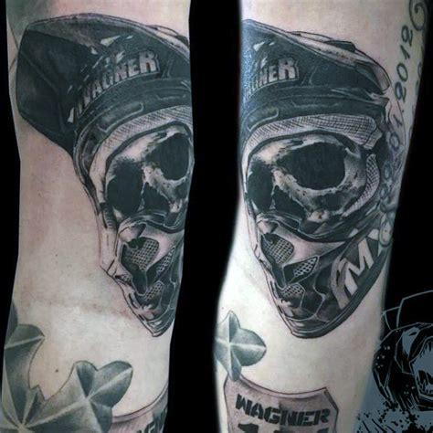 Helm Design Vorlagen skull tragen motocross helm jungs arm motocross