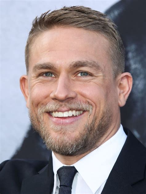 how to get thecharlie hunnam haircut 3467 best images about charlie hunnam on pinterest