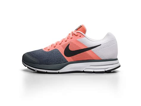 nike vegasus azr hitam putih celebrating 30 years of the nike air pegasus nike news