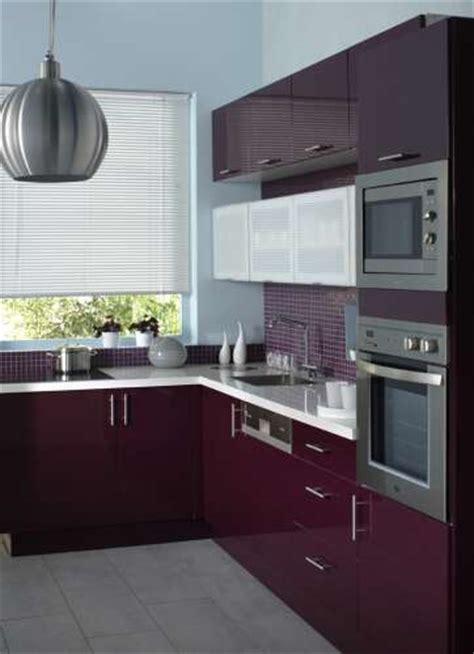 cuisine grise et aubergine besoin d idees pour ma cuisine