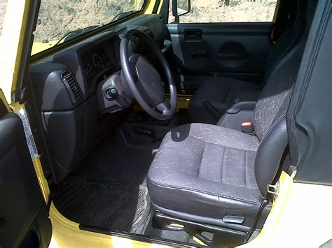 Jeep Wrangler 2002 Interior by 2002 Jeep Wrangler Pictures Cargurus