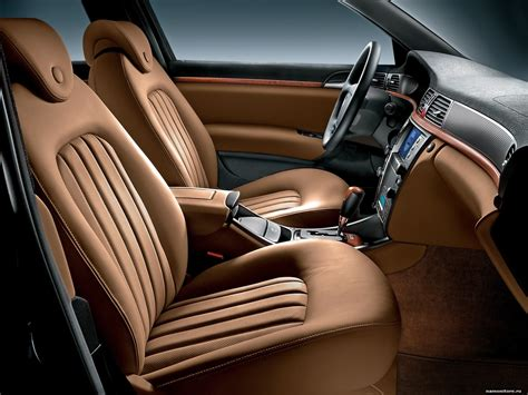 Automobile Upholstery Leather Salon Lancia Thesis Bicolore Brown Car Interior