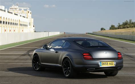bentley continental supersports wallpaper more pics 2010 bentley continental supersports
