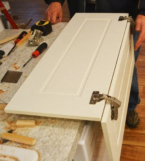 Installing Kitchen Cabinet Doors 1000 Ideas About Corner Cabinet Kitchen On Pinterest Corner Cabinets Kitchen Corner And