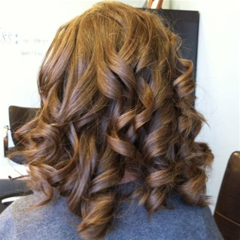 Wedding Hairstyles For Juniors by 1000 Ideas About Junior Bridesmaid Hairstyles On
