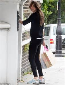 jools oliver steps out make up free while running errands