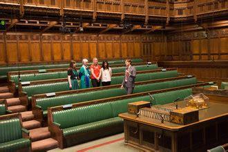 assister aux d 233 bats parlementaires au palais de westminster