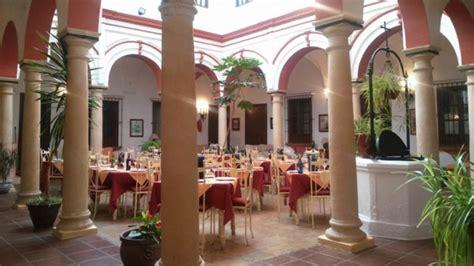 restaurante patio andaluz restaurante mes 243 n patio andaluz en arcos de la frontera