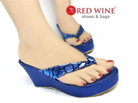 Sepatu Wedges An22 32 Sepatu Wanita pin by sepatu wanita on sepatu sandal heel flat wedges boots redwine
