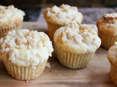 cheesecake streusel muffins recipe serious eats