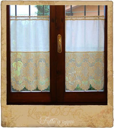 tende all uncinetto per finestre lavoridifata tende cucina tessuto e uncinetto