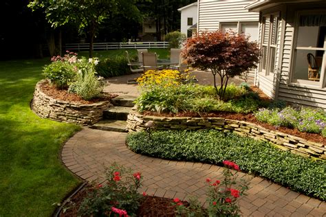Landscaping Mulch Ideas Mulched Entryway Reder Landscaping Landscape Design Lawn Care