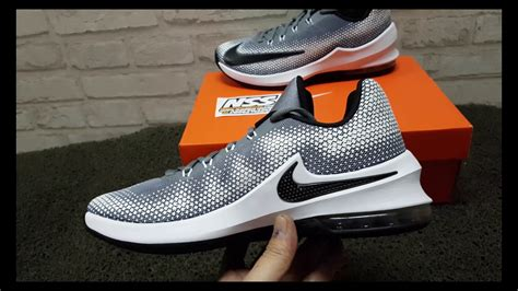 Sepatu Basket Nike Original Air Versitile Ii Black White 921692 001 sepatu basket nike air max infuriate low grey black