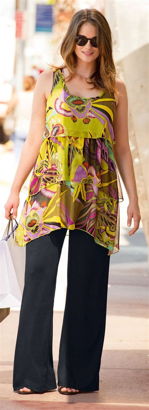 clothing for pear shaped women over 50 356 best travel outfits for women over 40 50 travel