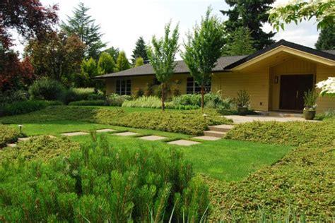 amazing front yard landscaping 19 amazing small front yard landscaping ideas style