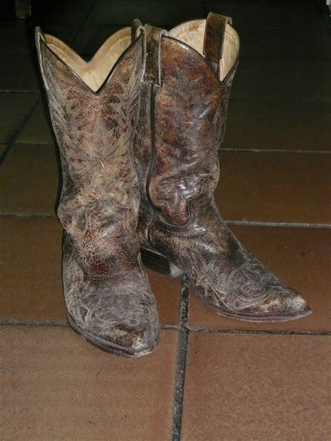 imagenes de botas vaqueras viejas 17 mejores im 225 genes sobre esp 237 ritu vaquero western