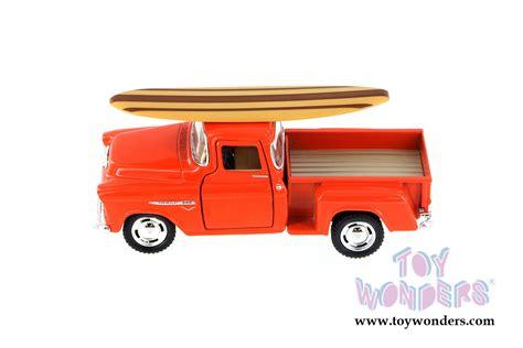 Chevy Stepside 1955 Kinsmart 132 1955 chevy stepside with surfboard by kinsmart 1 32