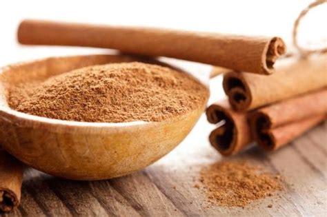 hilangkan jerawat  parut  kulit kayu manis