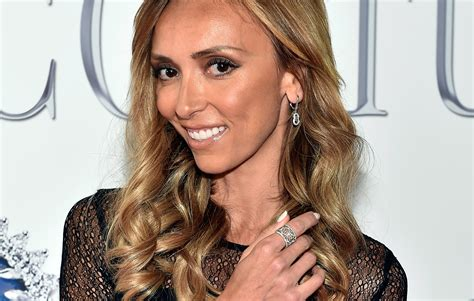 giuliana rancic ignored warnings about racist comments on fashion giuliana rancic is getting the ultimate revenge by