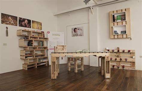scrivania fai da te legno up ciclyng mania e anche l arredo diventa sostenibile